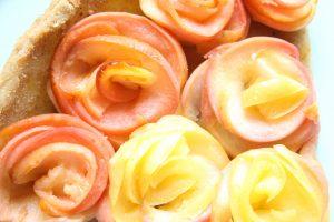 tarte aux pommes roses