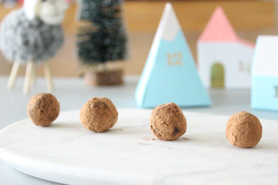 Truffe au chocolat noir de Noël