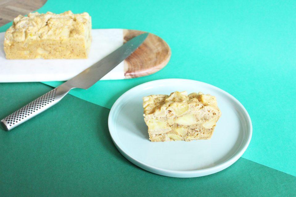 Gâteau aux pommes fondantes à la vapeur douce